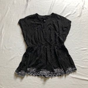 Torrid black blouse embroidered faux wrap sz:3X